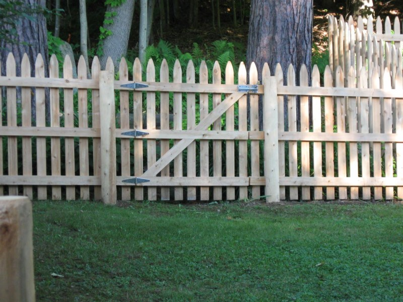 Simple Picket Fence Designs