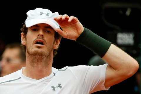 Britain's Andy Murray reacts as he plays Serbia's Novak Djokovic during their final match of the French Open tennis tournament at the Roland Garros stadium, Sunday, June 5, 2016 in Paris. (AP Photo/Alastair Grant)